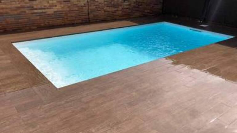 Rehabilitación integral de piscina y entorno